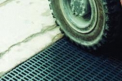 Fibreglass-grating-for-vehicles